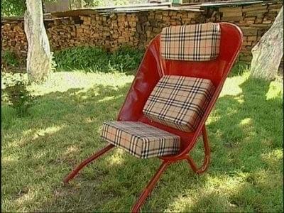 wheel-barrow-chair-083114